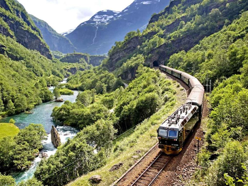 Norway-by-train-1024x768